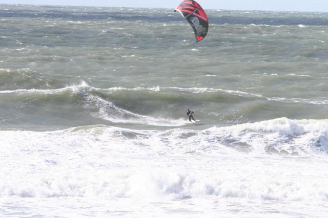 The Naish Park 9 rips it in the surf